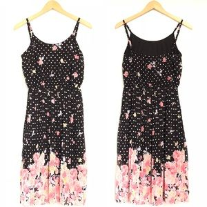 Elle Polka Dot & Floral Pleated Dress EUC